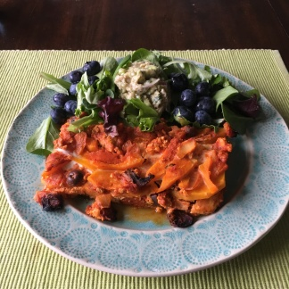 A satisfying lunch made up of our favorite leftovers (tuna salad and butternut squash lasagna).